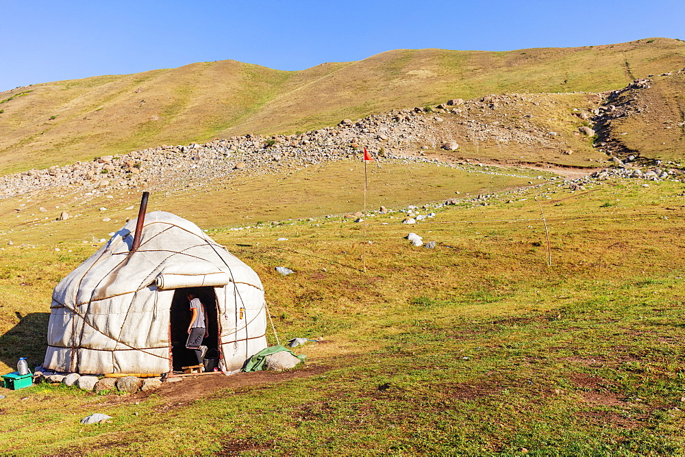 Yurt near Songkol Lake, Kyrgyzstan, Central Asia, Asia