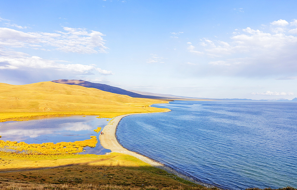 Songkol Lake, Kyrgyzstan, Central Asia, Asia