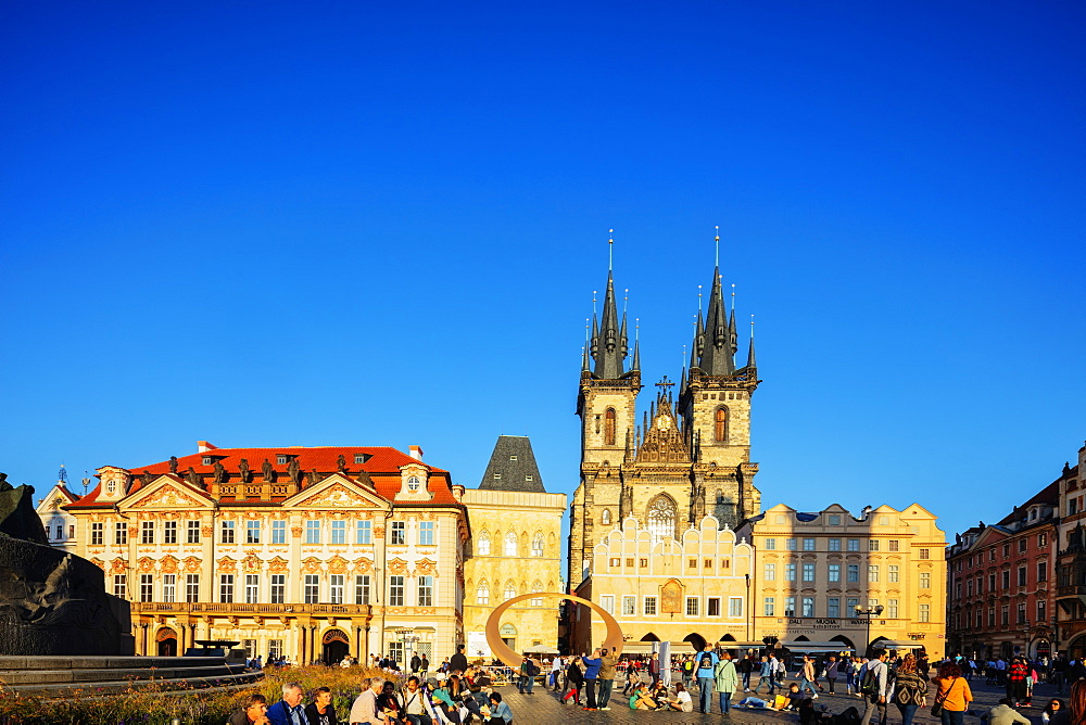 Old Town Square, Our Lady before Tyn church, UNESCO World Heritage Site, Prague, Czech Republic, Europe - 733-8113