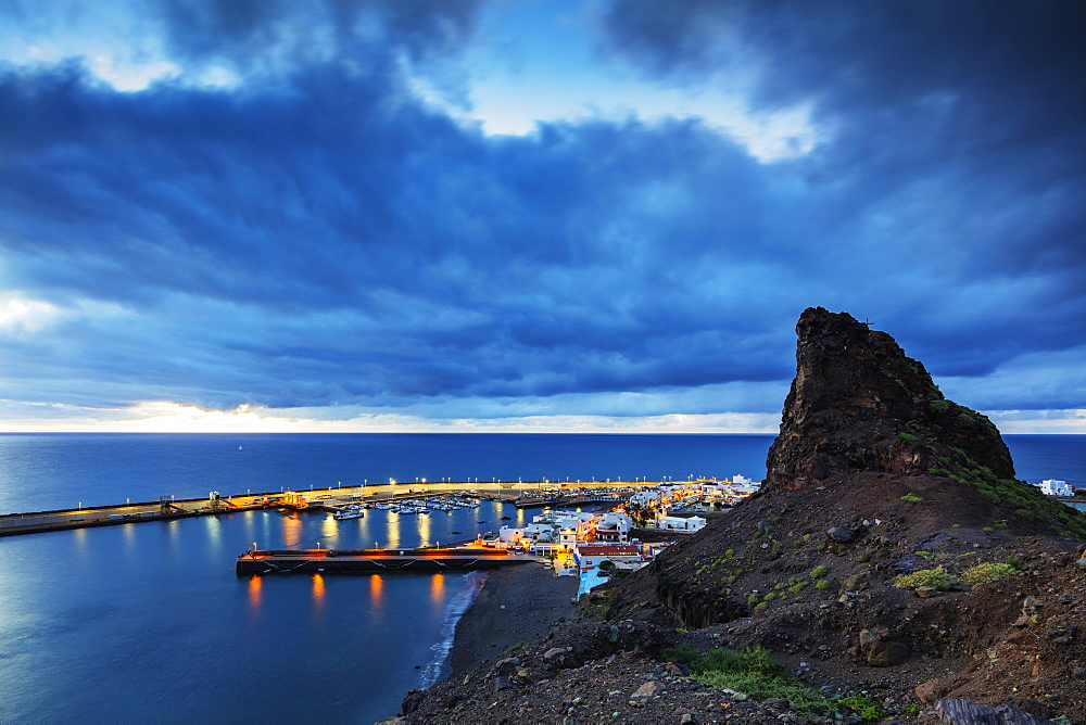 Coastline and harbour, Agaete, Gran Canaria, Canary Islands, Spain, Atlantic, Europe