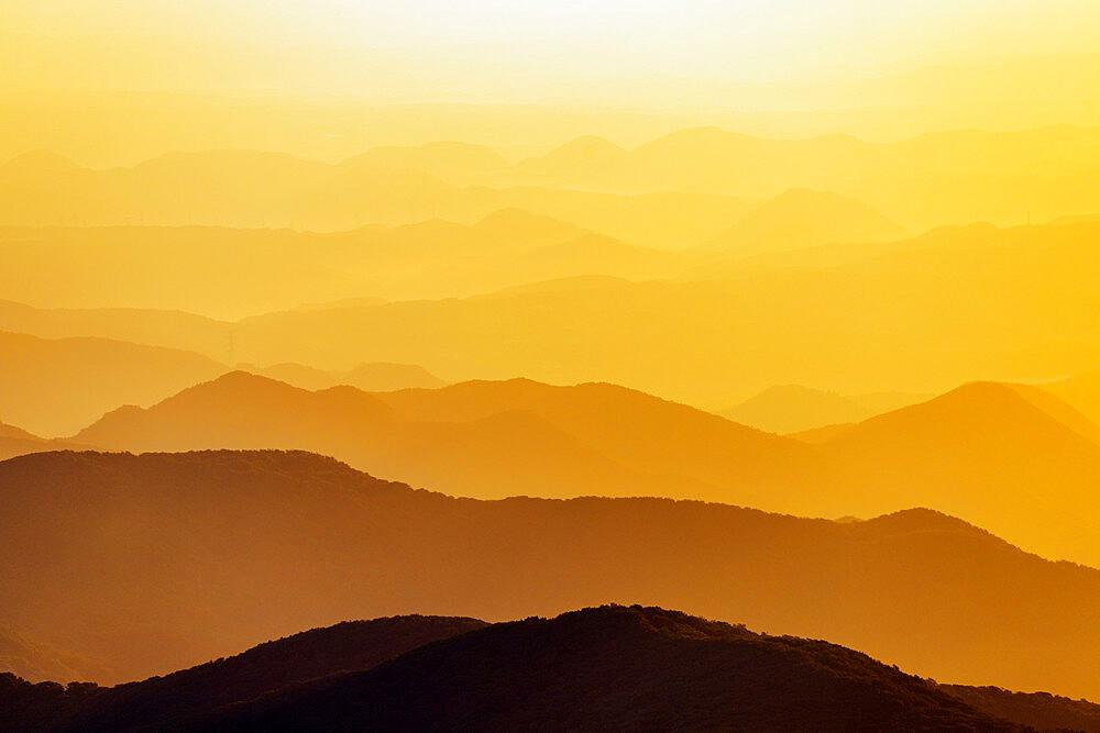 Japan, Honshu, Yamagata prefecture, Mt. Zao san, sunrise
