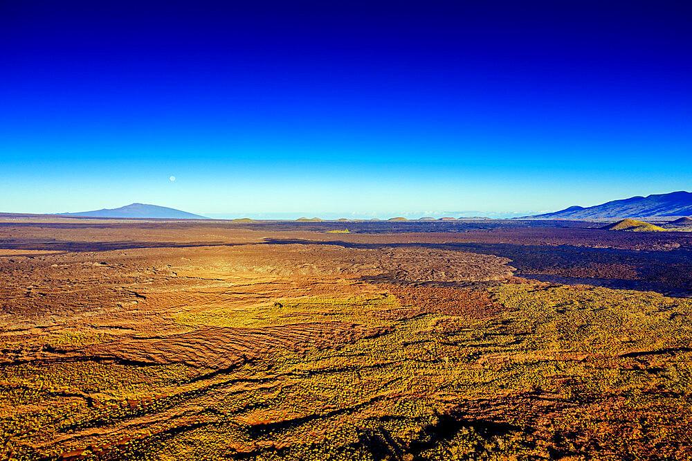 USA, Hawaii, Big Island, Mauna Kea, volcanic landscape, aerial view