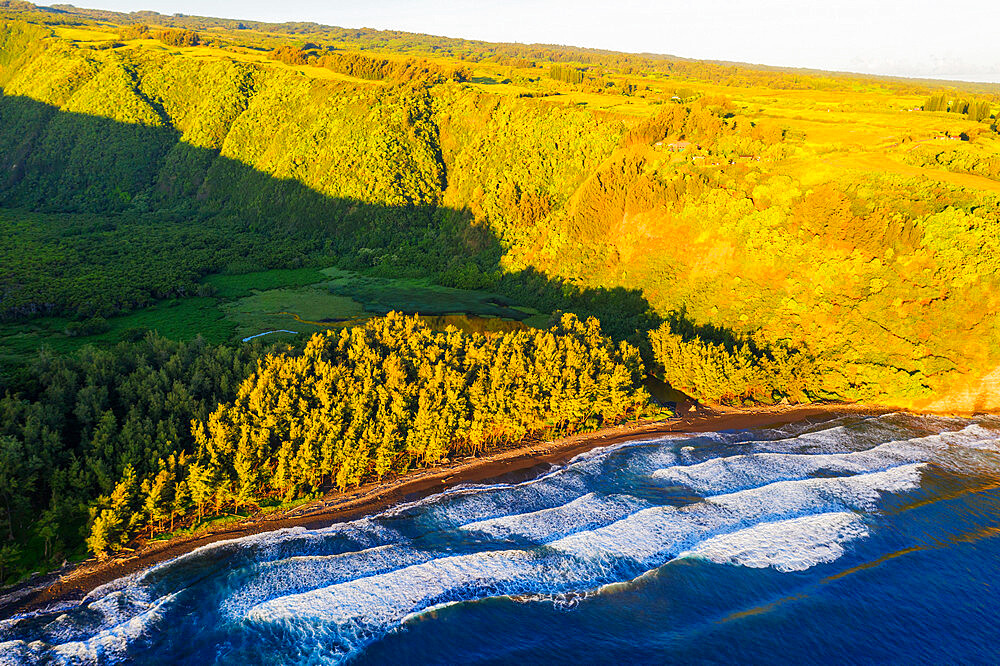 USA, Hawaii, Big Island, Pololu Valley, north shore, aerial view
