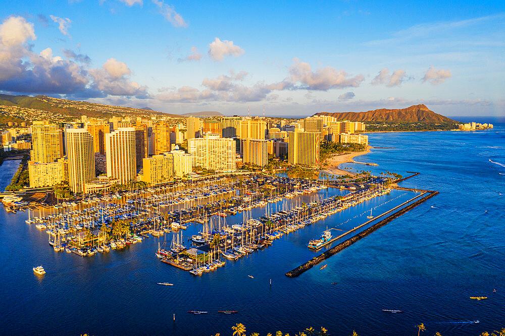 United States of America, Hawaii, Oahu island, Honolulu, Waikiki, aerial view of Diamond Head (drone) - 733-8983