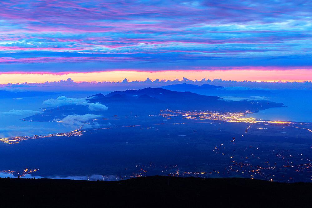 United States of America, Hawaii, Maui island, Haleakala National Park, view of west Maui