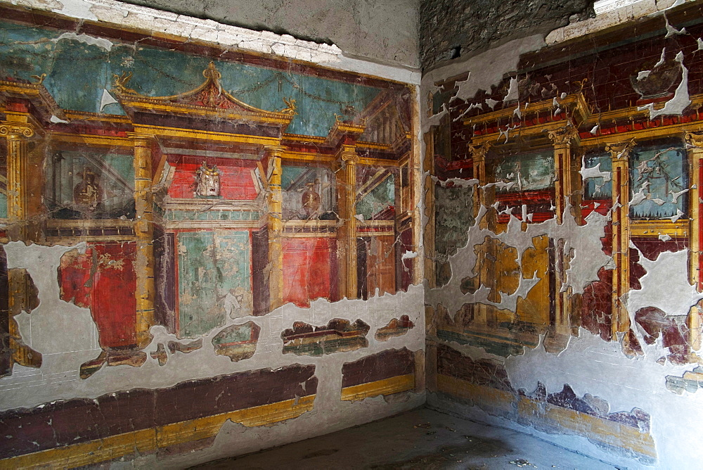 A corner of the Dining room in Oplontis villa (Villa Oplontis), Oplontis, UNESCO World Heritage Site, Torre Annunziata, Campania, Italy, Europe - 739-1400