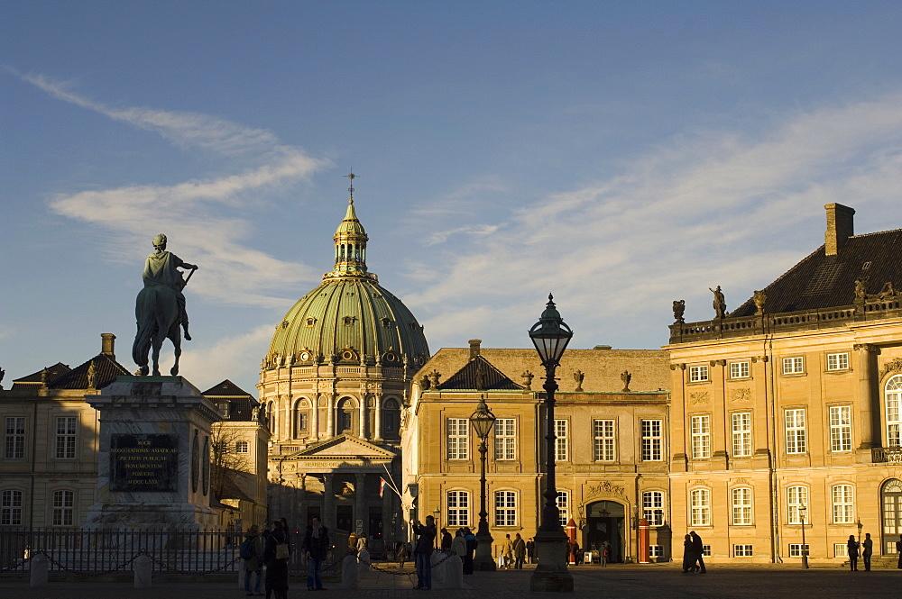 Frederik V statue and Frederikskirken (Marmorkirken) (Marble Church), Amalienborg, Copenhagen, Denmark, Scandinavia, Europe