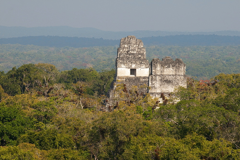 Temple I and Temple II, Mayan archaeological site, Tikal, UNESCO World Heritage Site, Guatemala, Central America