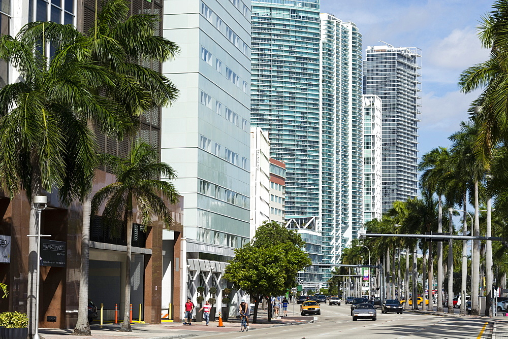Modern buildings along Biscayne Boulevard, Downtown Miami, Miami, Florida, United States of America, North America