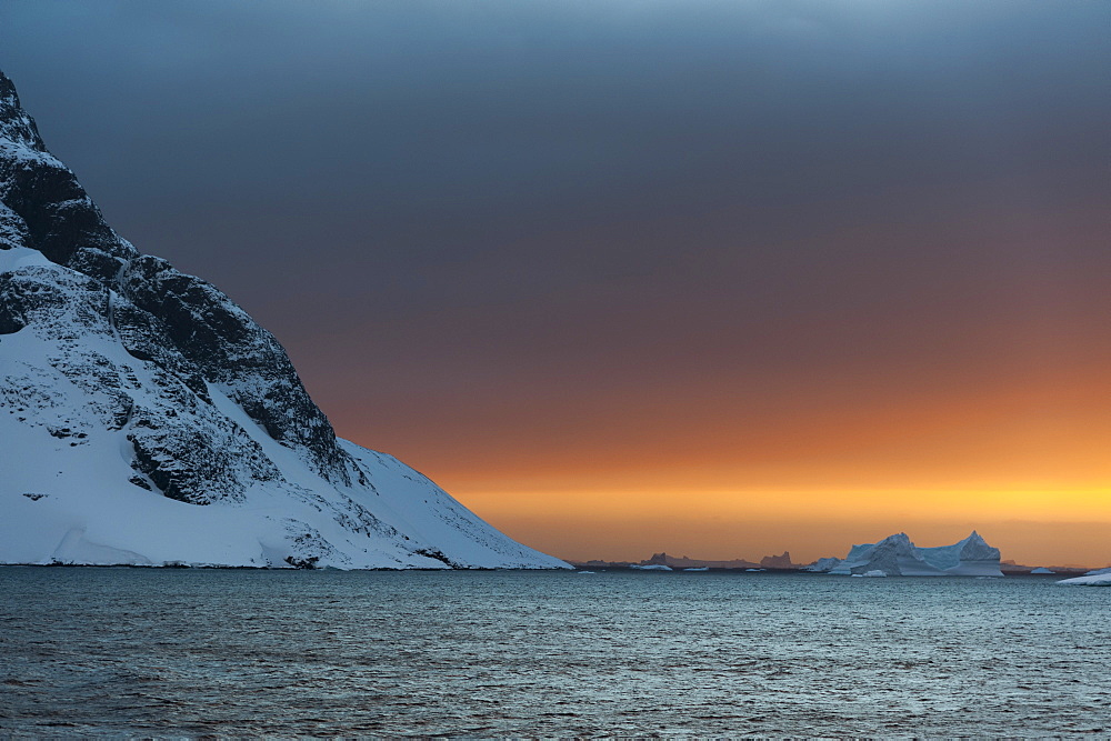 Sunset in the Lemaire Channel, Antarctica, Polar Regions - 741-5159