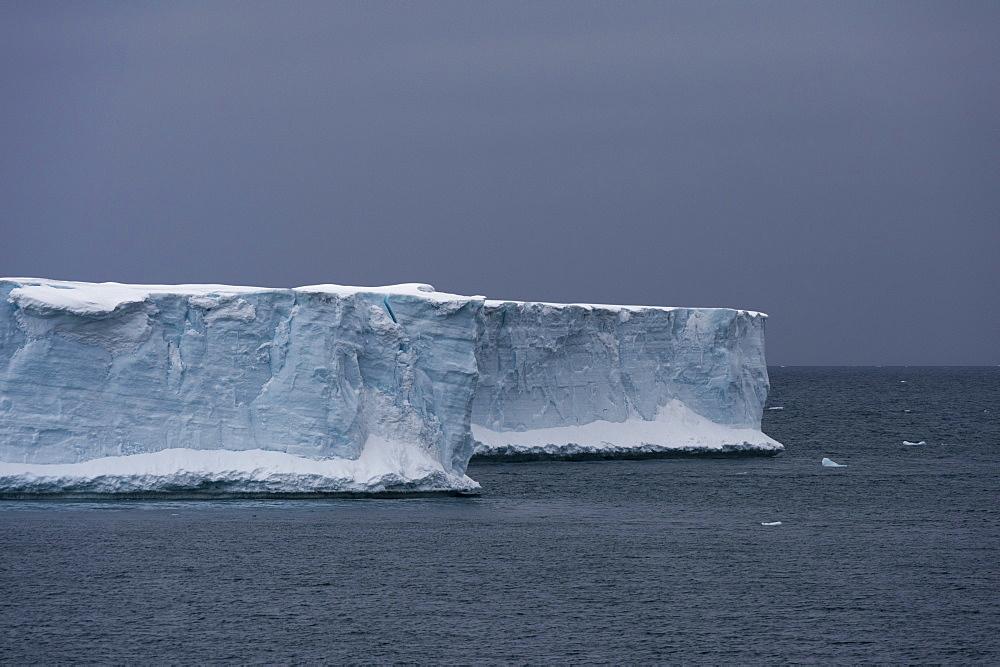 Austfonna ice cap, Nordaustlandet, Svalbard Islands, Arctic, Norway, Europe
