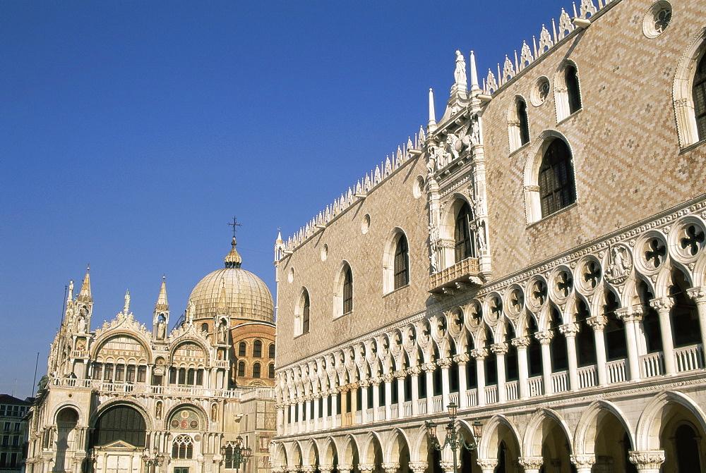 San Marco basilica (St. Mark's Christian basilica) and Palazzo Ducale (Doge's palace), Venice, UNESCO World Heritage Site, Veneto, Italy, Europe