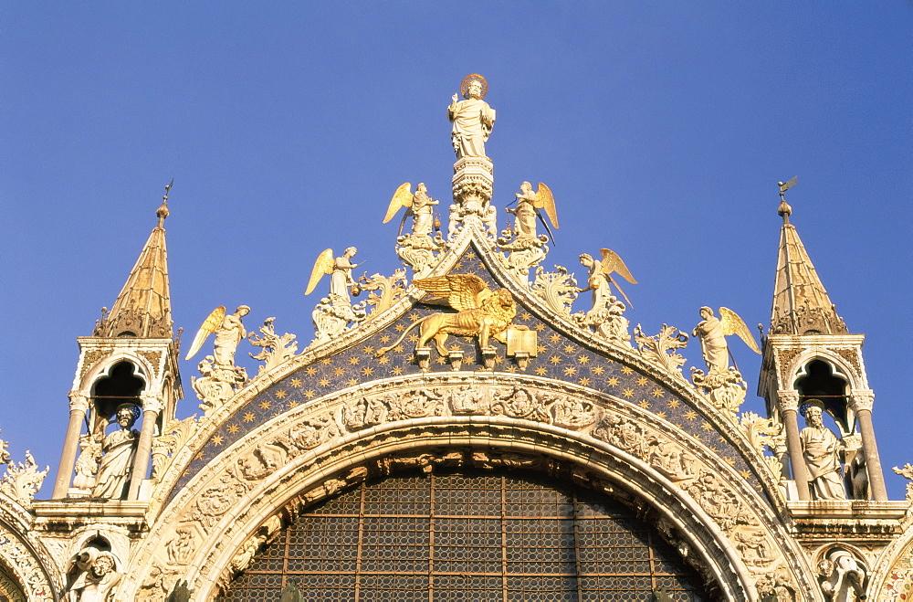 Architectural detail of San Marco basilica (St. Mark's Christian basilica), Venice, UNESCO World Heritage Site, Veneto, Italy, Europe