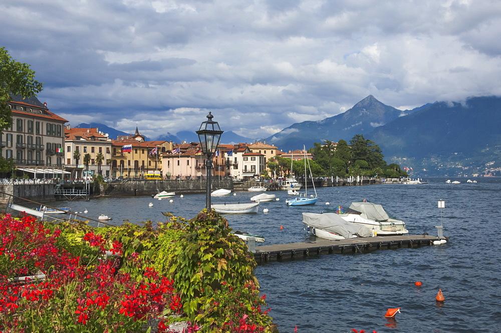 Menaggio, Lake Como, Lombardy, Italian Lakes, Italy, Europe - 747-1850