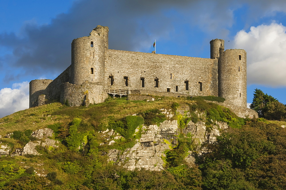 Medieval castle built by Edward 1 in 1282, World Heritage Site, Harleck, Wales, UK - 747-1884