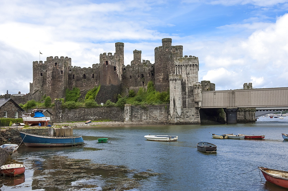 Conwy, (Conway), Castle, Conway County Borough, Wales, UK - 747-1885
