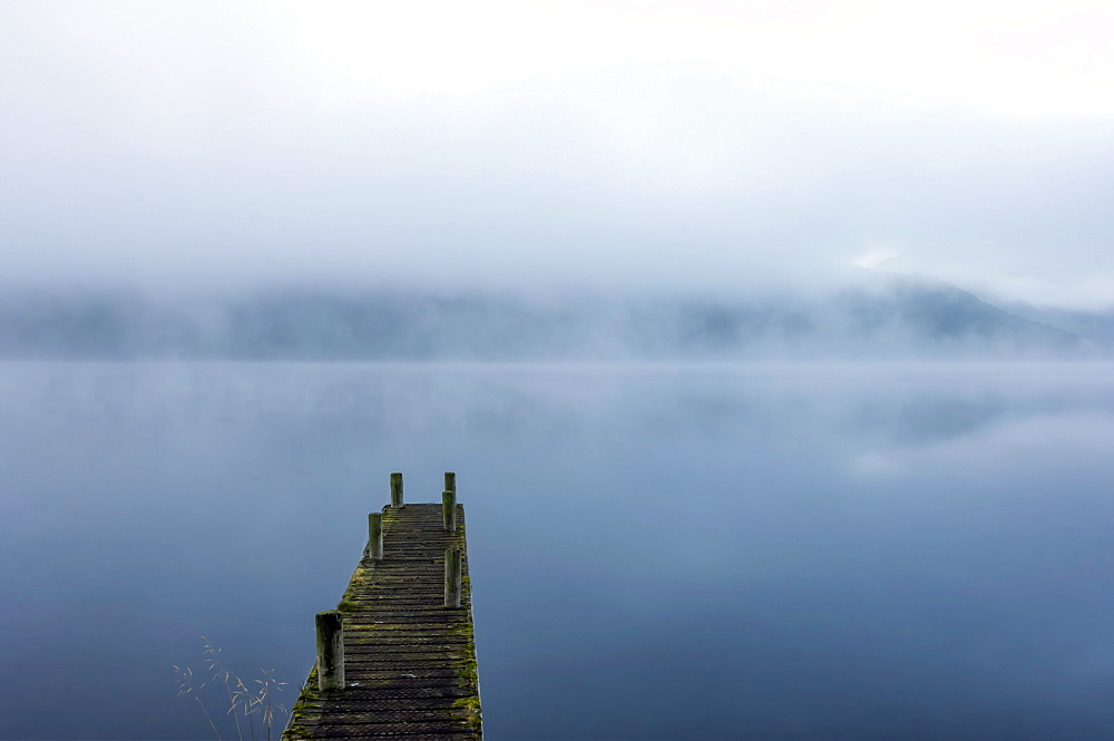 Morning mist, Ullswater, Lake District National Park, UNESCO World Heritage Site, Cumbria, England, United Kingdom, Europe - 747-1995