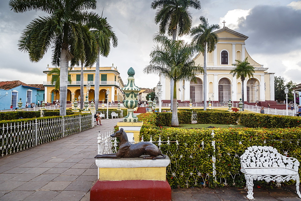 Plaza Mayor, Trinidad, UNESCO World Heritage Site, Sancti Spiritus Province, Cuba, West Indies, Caribbean, Central America - 749-2328