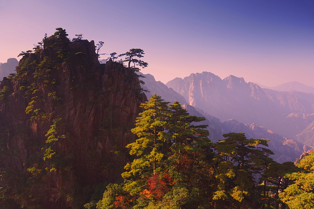 White Cloud scenic area, Huang Shan (Yellow Mountain), UNESCO World Heritage Site, Anhui Province, China, Asia - 756-26