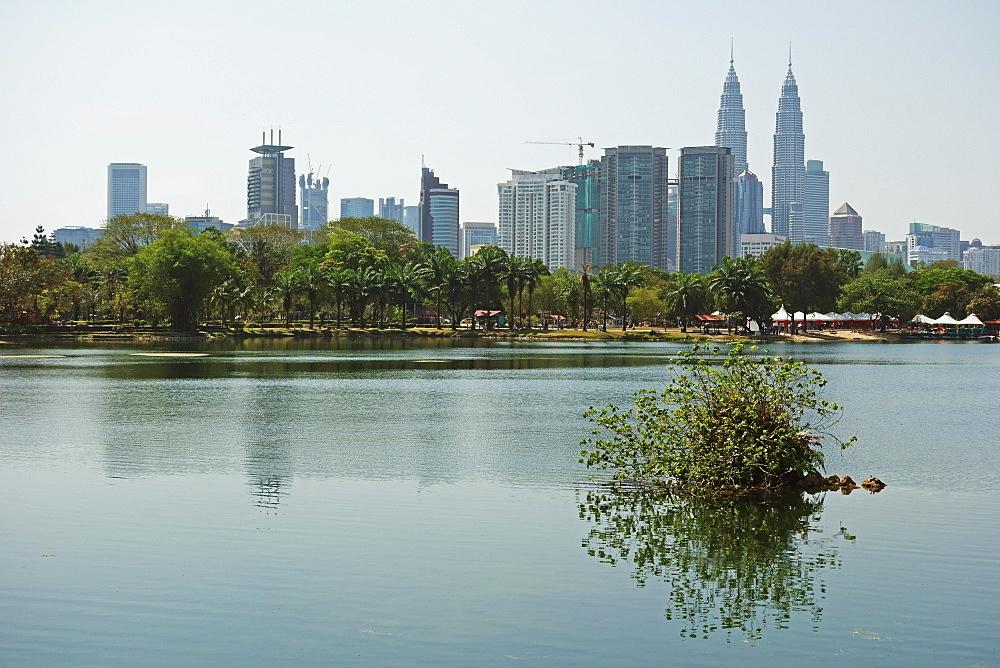 Kuala Lumpur skyline seen from Lake Titiwangsa, Kuala Lumpur, Malaysia, Southeast Asia, Asia