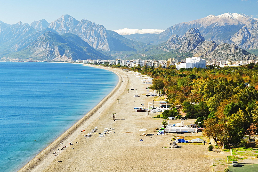 Konyaalti beach, Antalya, Taurus Mountains and Mediterranean Sea, Antalya Province, Anatolia, Turkey, Asia Minor, Eurasia - 756-2792