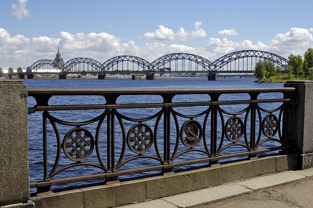 Railway bridge over the river Daugava, Riga, Latvia, Baltic States, Europe