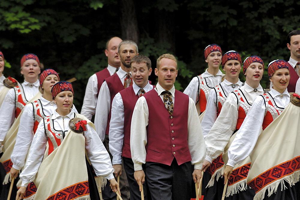 Traditional Latvian folk dancing, performed at the Latvian Open Air Ethnographic Museum (Latvijas etnografiskais brivdabas muzejs), near Riga, Latvia, Baltic States, Europe