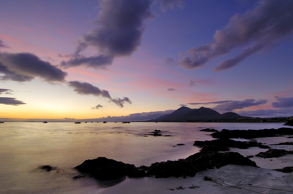 Dawn over Clew Bay and Croagh Patrick mountain, from Old Head, County Mayo, Connacht, Republic of Ireland (Eire), Europe