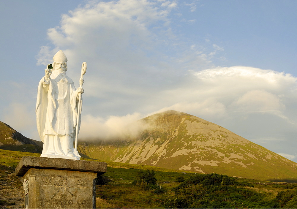 Statue of St. Patrick at the base of Croagh Patrick mountain, County Mayo, Connacht, Republic of Ireland, Europe