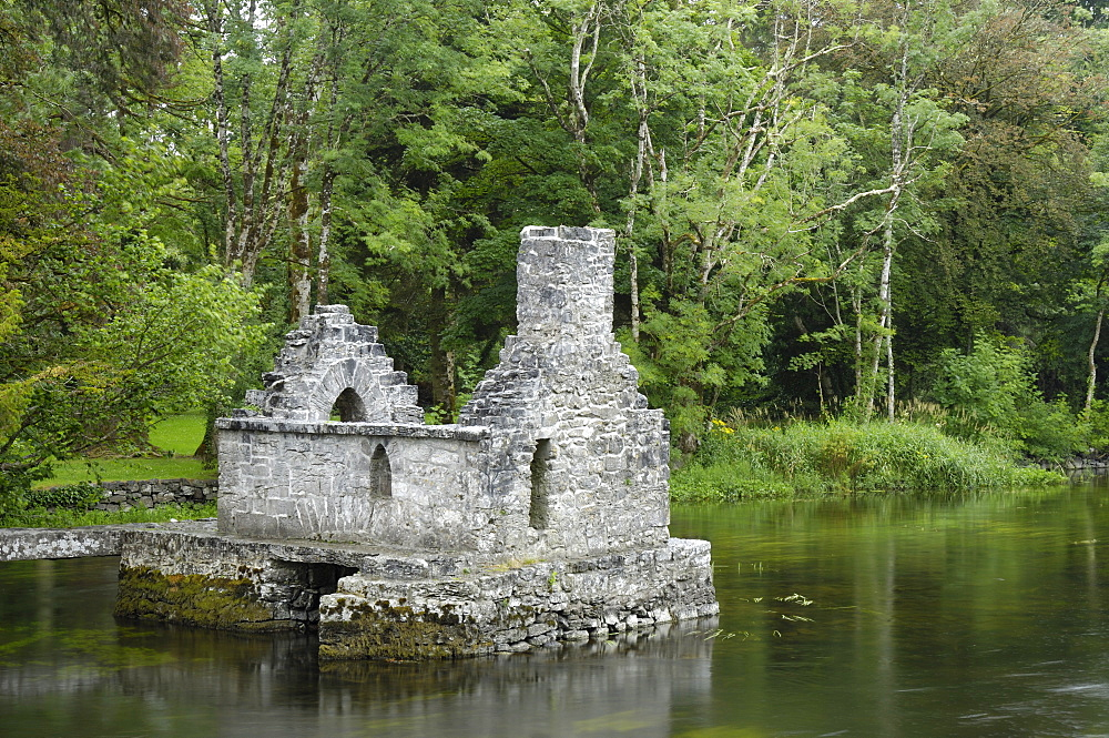 Monks fishing house, Cong Abbey, County Mayo, Connacht, Republic of Ireland, Europe