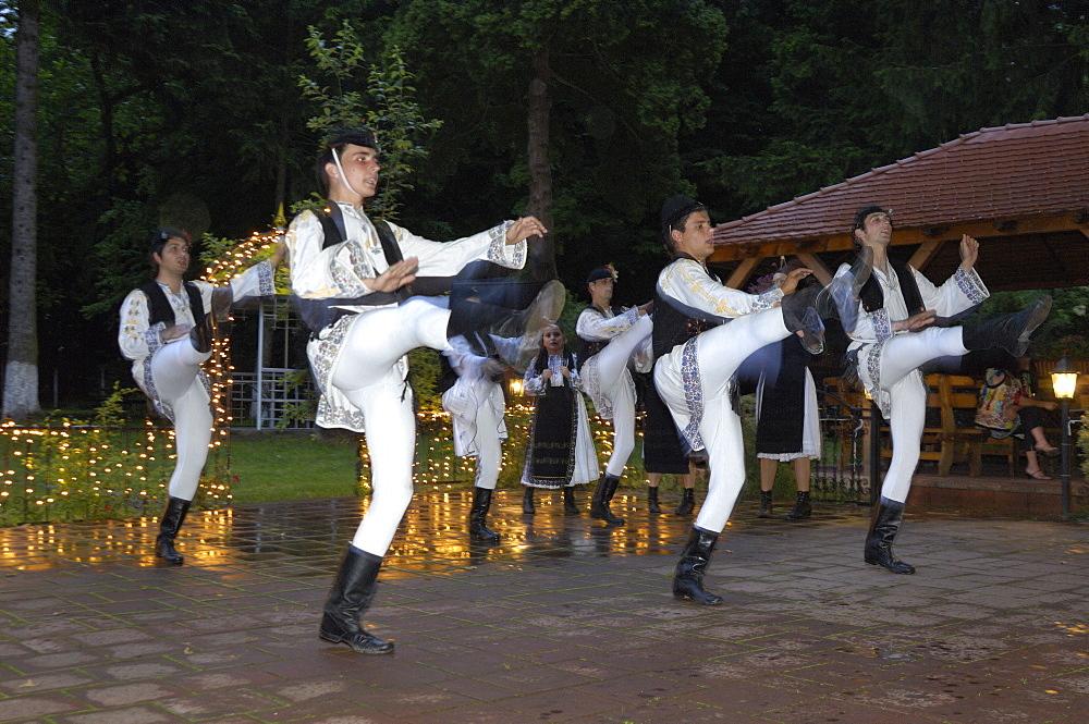 Traditional folk dancing, Sighisoara, Transylvania, Romania, Europe
