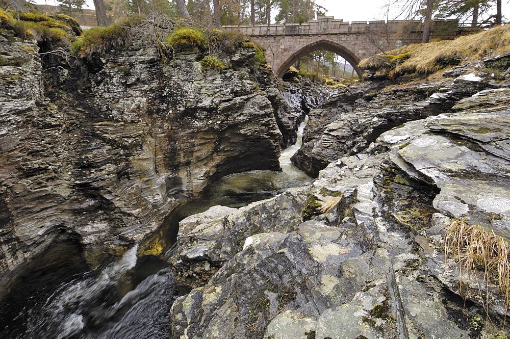 Linn of Dee, near Braemar, Cairngorms National Park, Aberdeenshire, Scotland, United Kingdom, Europe - 762-410