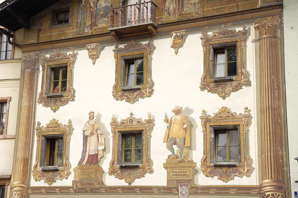 Frescoes, Market Platz, Berchtesgaden, Bavaria, Germany, Europe - 762-492
