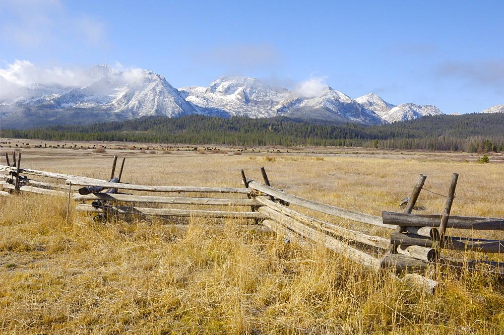 Sawtooth Mountains, Sawtooth Wilderness, Sawtooth National Recreation Area, Rocky Mountains, Idaho, United States of America, North America - 762-504