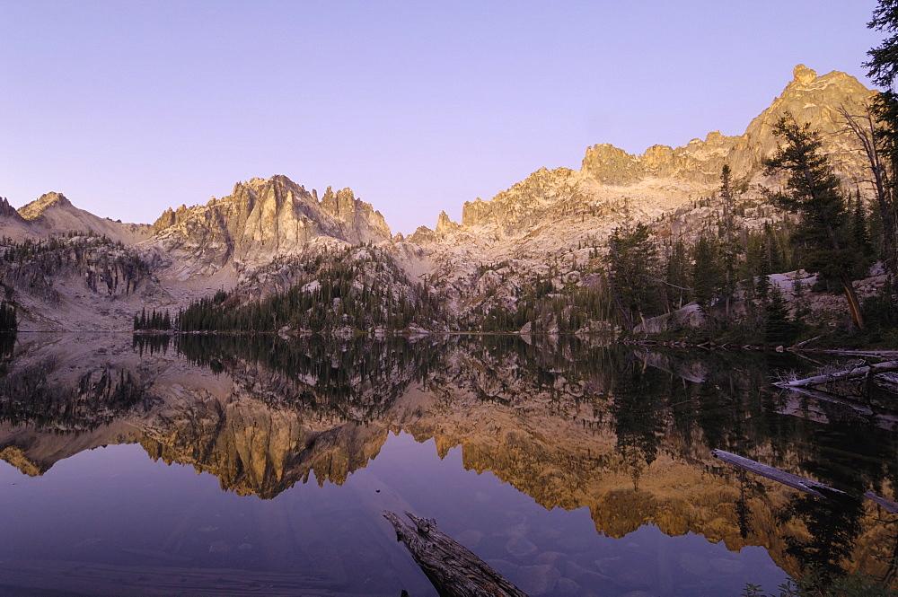 Dawn over Baron Lake, Sawtooth Mountains, Sawtooth Wilderness, Sawtooth National Recreation Area, Rocky Mountains, Idaho, United States of America, North America