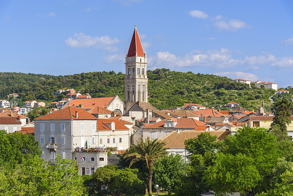 Trogir Old Town, UNESCO World Heritage Site, looking towards the Cathedral of St. Lawrence, Trogir, Croatia, Europe - 762-813