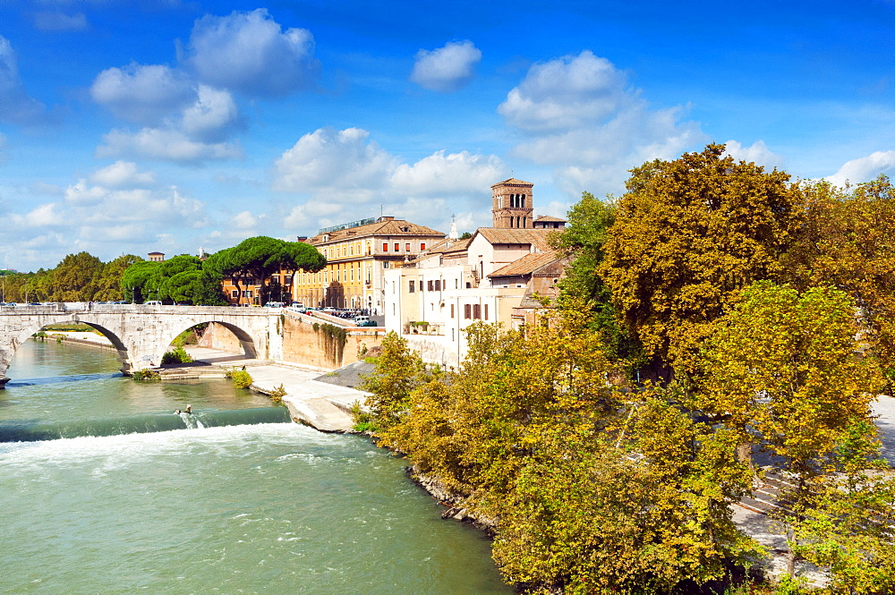 Tiber Island and Ponte Cestio (Cestius bridge), Rome, UNESCO World Heritage Site, Lazio, Italy, Europe