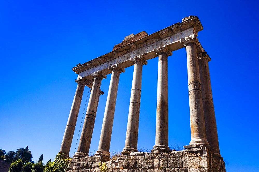 Temple of Saturn, Roman Forum, UNESCO World Heritage Site, Rome, Lazio, Italy, Europe