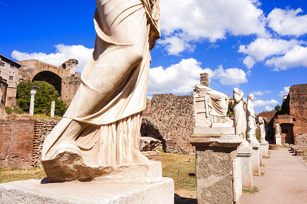 Statues at House of the Vestal Virgins, Roman Forum, UNESCO World Heritage Site, Rome, Lazio, Italy, Europe