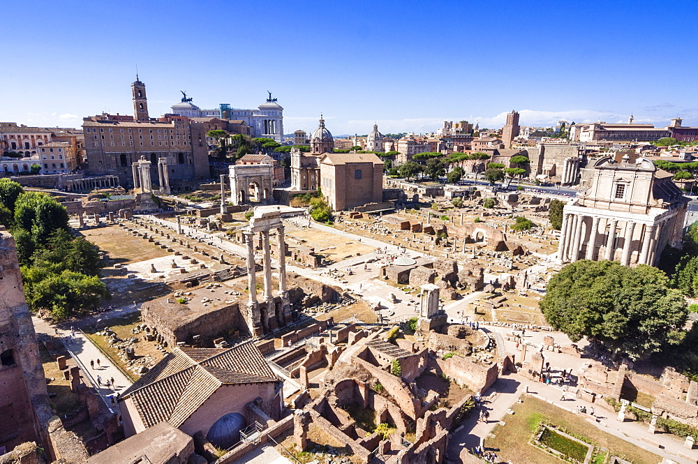 Roman Forum seen from Palatine Hill, UNESCO World Heritage Site, Rome, Lazio, Italy, Europe