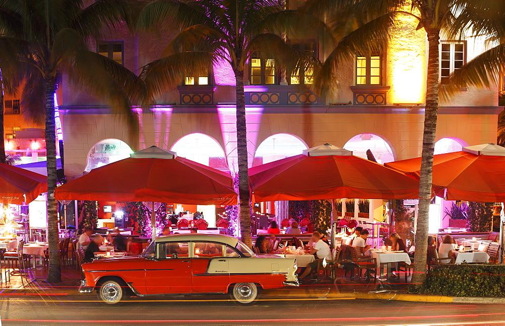 Art Deco District, Ocean Drive, South Beach, Miami Beach, Florida, United States of America, North America