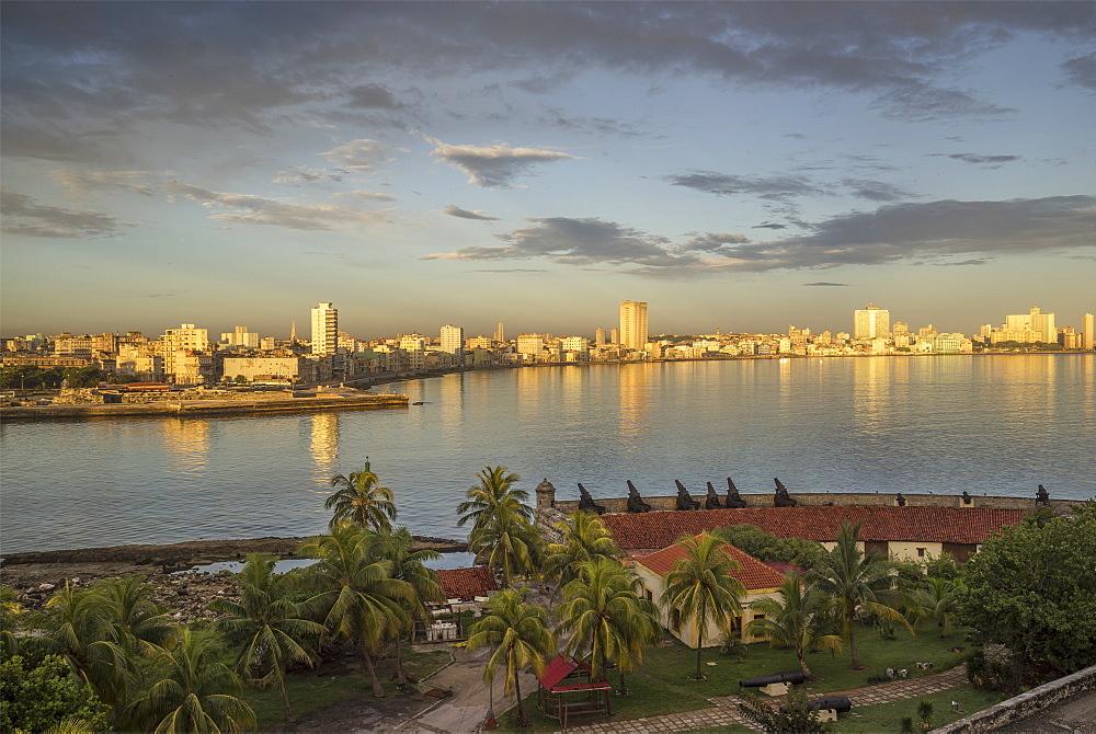 Havana, Cuba, West Indies, Caribbean, Central America - 772-3680