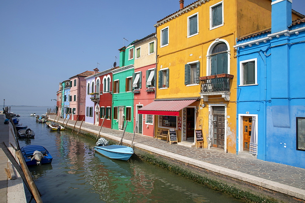 Colorful buildings on canal in Burano, Italy, Europe - 783-144