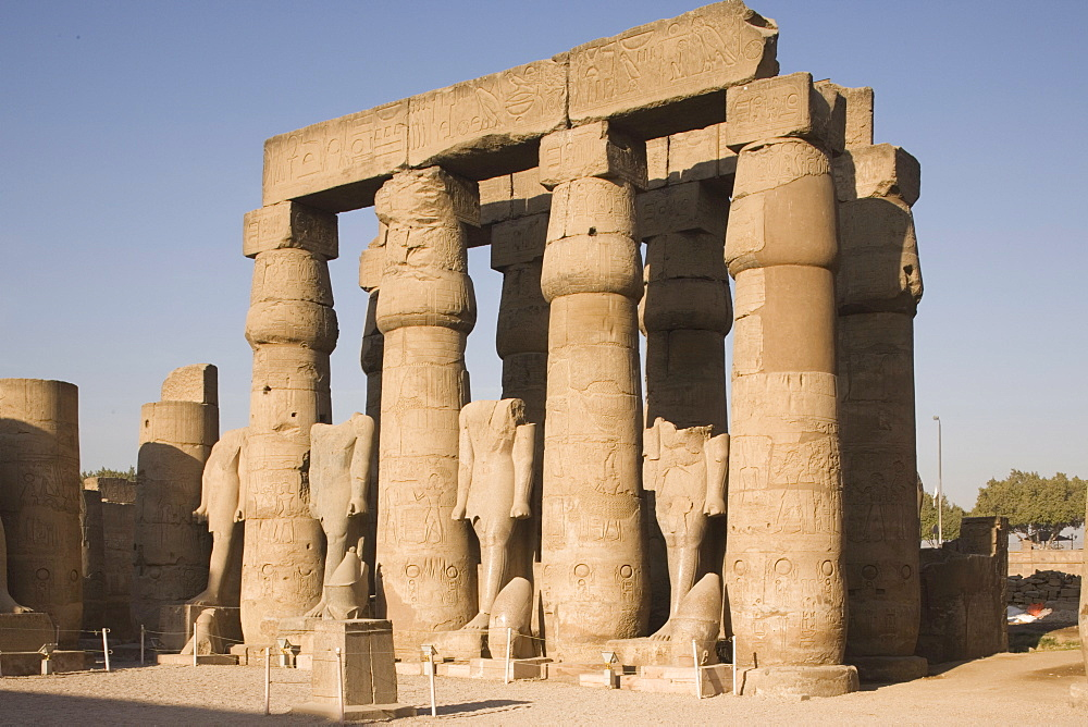 Court of Amenophis III, Luxor Temple, Luxor, Thebes, UNESCO World Heritage Site, Egypt, North Africa, Africa - 783-38