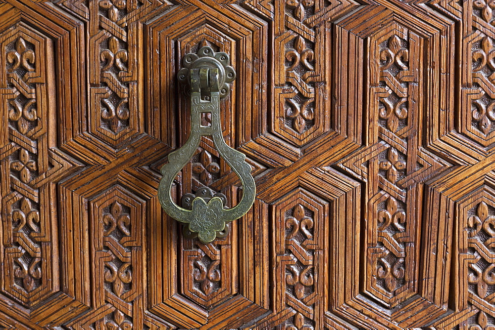Detail of a carved wooden door in the Musee de Marrakech, Marrakech, Morocco, North Africa, Africa  - 785-1652