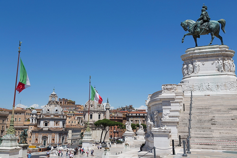 Rome from the Victor Emmanuel Monument, Rome, Lazio, Italy, Europe