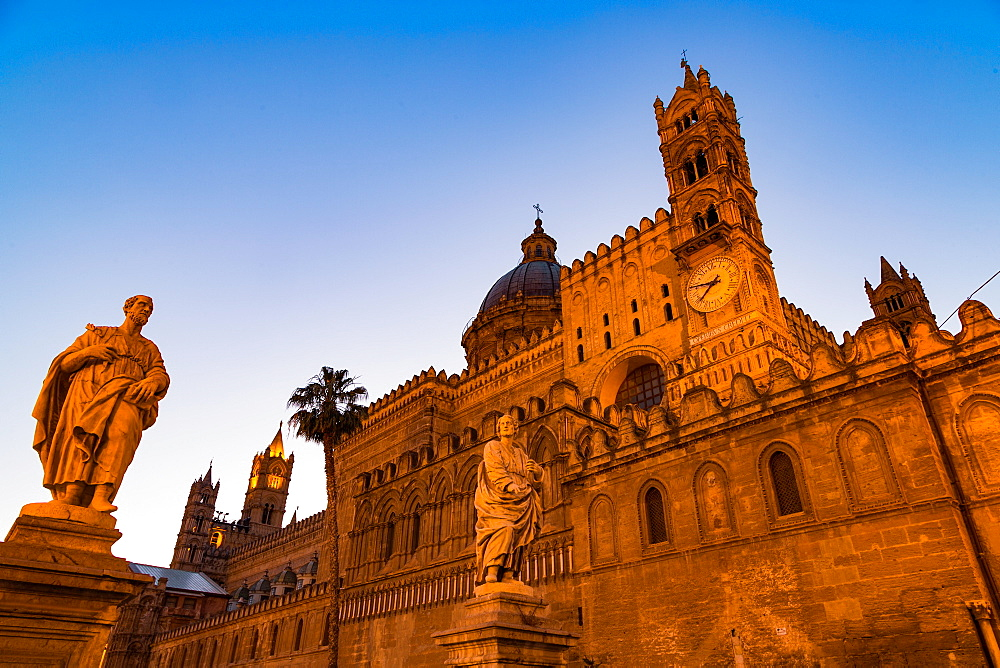 The Cathedral in Palermo at night, Palermo, Sicily, Italy, Europe