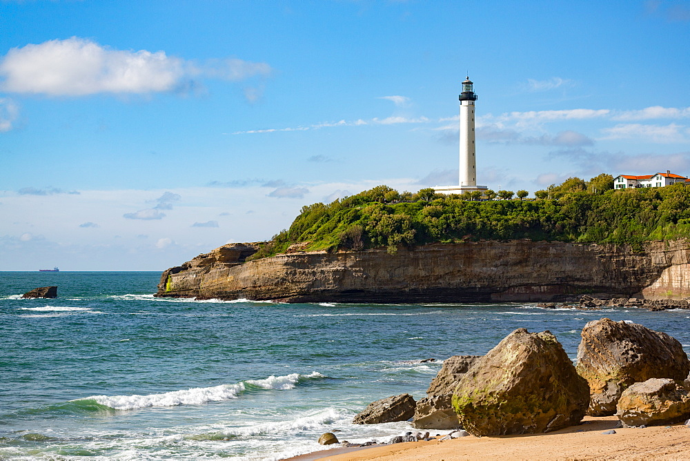 Rocks on the sandy beach and the lighthouse in Biarritz, Pyrenees Atlantiques, Aquitaine, France, Europe - 785-2077