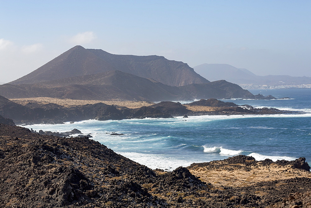 The island of Lobos off the coast of Fuerteventura near Corralejo, Lobos, Canary Islands, Spain, Atlantic, Europe - 785-2293