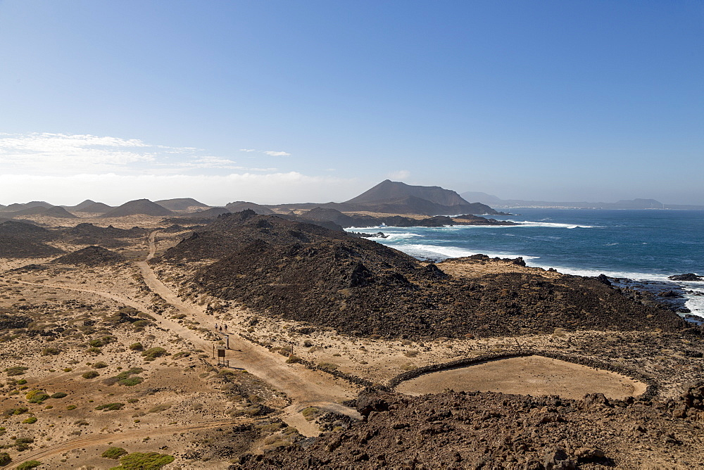 The island of Lobos off the coast of Fuerteventura near Corralejo, Lobos, Canary Islands, Spain, Atlantic, Europe - 785-2294